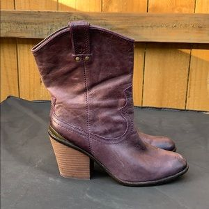 Lucky Brand purple leather boots - size 10